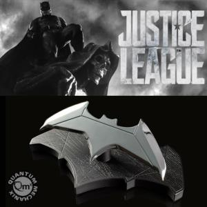 JUSTICE LEAGUE - BATMAN BATARANG OFFICIEL (DC COMICS - QUANTUM MECHANIX)