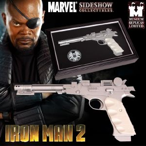 IRON MAN 2 - NICK FURY ELECTRONIC NEEDLE GUN OFFICIEL