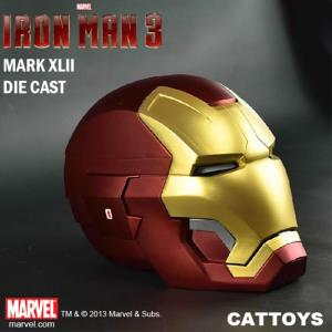 IRON MAN 3 - CASQUE METAL INTEGRAL MARK XLII OFFICIEL OUVERTURE MOTORISEE & LEDS (MARVEL - CATTOYS)