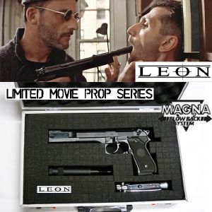 LEON THE PROFESSIONAL - PISTOLET AVEC SILENCIEUX & COUTEAU OFFICIELS LIMITED EDITION MOVIE PROP
