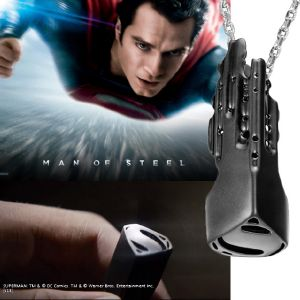 "SUPERMAN (MAN OF STEEL) - PENDENTIF OFFICIEL ""THE COMMAND KEY"""