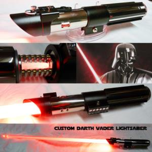 STAR WARS - SABRE LASER DARK VADOR AVEC CRYSTAL (FAIT MAIN - LAME AMOVIBLE - PRACTICAL)