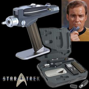STAR TREK - PHASER TOS & PHASER TYPE 1 AMOVIBLE OFFICIELS AVEC PRESENTOIR ET MALLETTE DE TRANSPORT