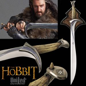 "THE HOBBIT - EPEE ""ORCRIST"" DE THORIN OAKENSHIELD OFFICIELLE + SUPPORT BOIS DELUXE (UNITED CUTLERY)"