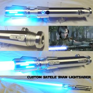 STAR WARS - SABRE LASER SATELE SHAN CUSTOM LIGHTSABER (FAIT MAIN - LAME AMOVIBLE - PRACTICAL)